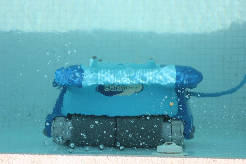 ein swimming pool im garten der traum unz hliger menschen. Black Bedroom Furniture Sets. Home Design Ideas