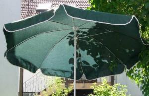sonnenschutz f r den garten die terrasse und balkone. Black Bedroom Furniture Sets. Home Design Ideas